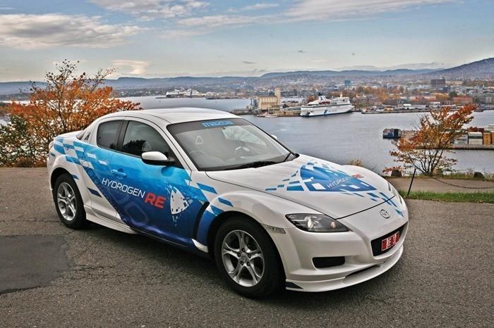 01-Mazda-Hydrogen-Re-Technologies-Dual-Fuel-Car-Hydrogen-And-Gasoline-Hydrogen-Rotary-Engine.jpg