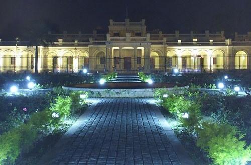 01-Delhi-University - Campus - India