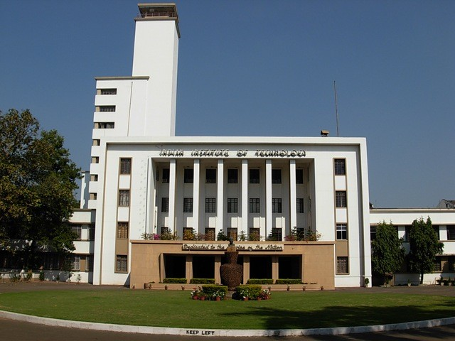01-IIT-Kharagpur-Campus-Top Engineering Colleges in India