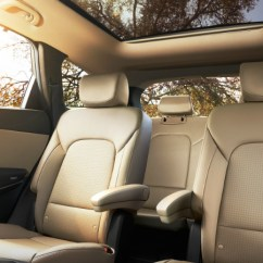 Suv With 3 Rows And Captains Chairs Most Comfortable Accent Difference Between Santa Fe Se Ultimate Limited 2018 Hyundai Second Row Seats