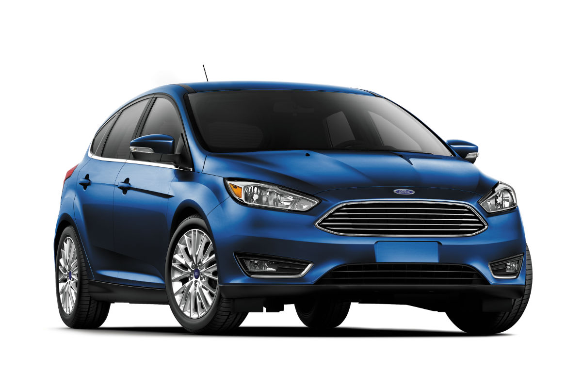 hight resolution of powertrain and gas mileage comparison 2017 ford focus hatchback vs 2017 ford focus rs