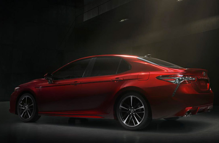 What Features Come Standard On The 2018 Toyota Camry XSE V6