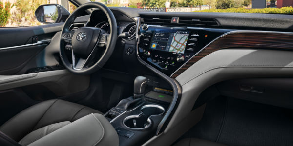 interior all new camry 2016 agya trd sportivo 2017 what are the differences between toyota le and xle trim 2018 front seat with entune 3 0