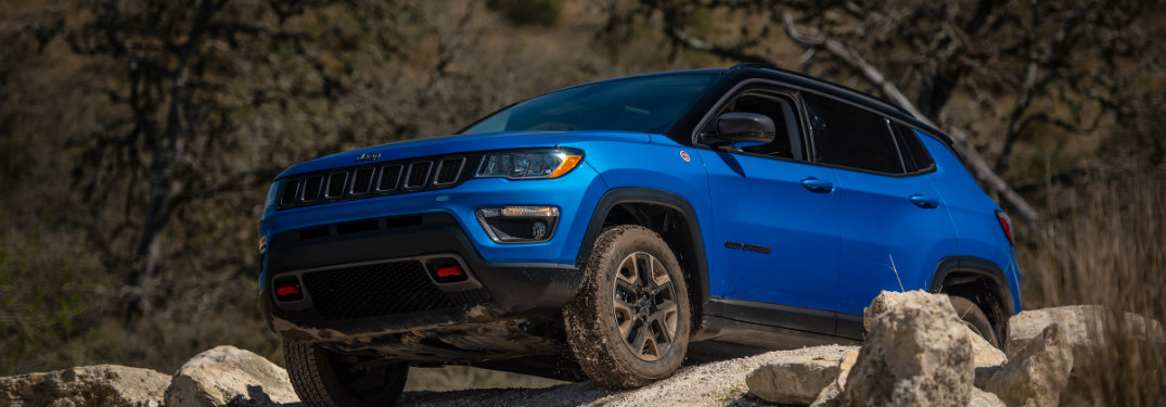 2017 jeep compass fuel economy and engine specs - jeep compass fuel filter  location