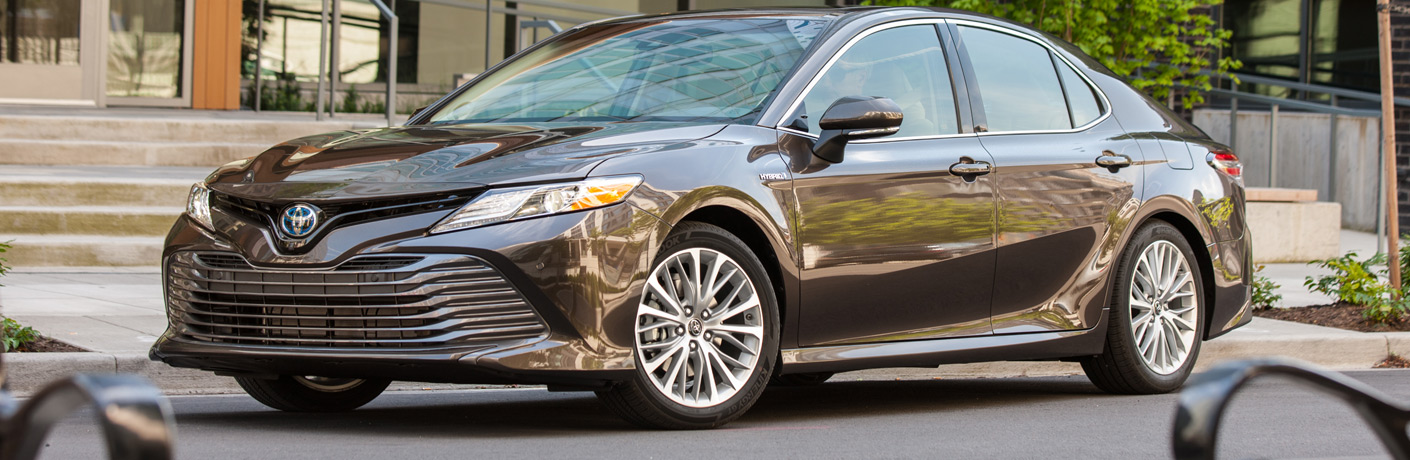 brand new camry hybrid agya 1.2 trd a/t how far can you drive in the 2018 toyota