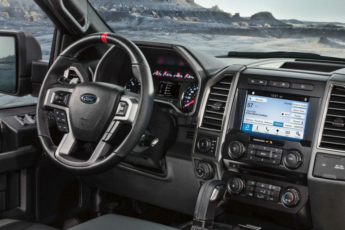 hight resolution of 2018 ford f 150 s driver s cockpit