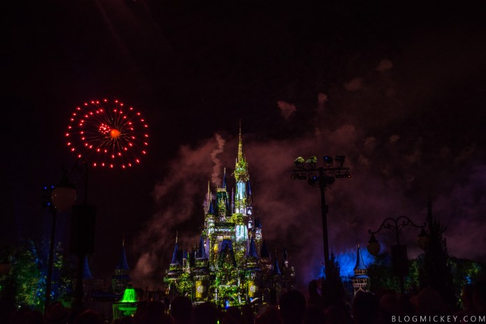 REVIEW New Magic Kingdom Fireworks Show Happily Ever After Is Pure Disney Magic
