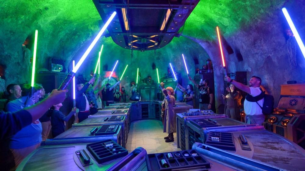 medium resolution of savi s workshop custom handbuilt lightsaber experience review at star wars galaxy s edge