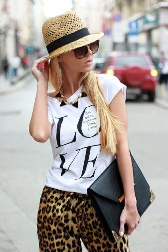 T-shirt com calça animal print