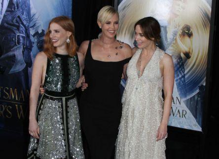 Trio de bonitas: Jessica Chastain, Charlize Theron e Emily Blunt