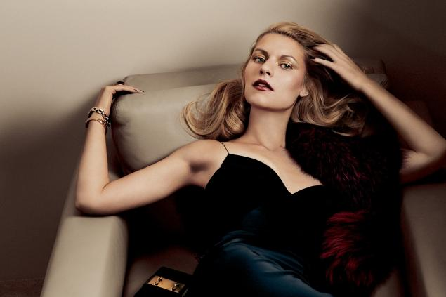 Homeland's Claire Danes Poses Topless in Interview Magazine - Nothing Like Carrie