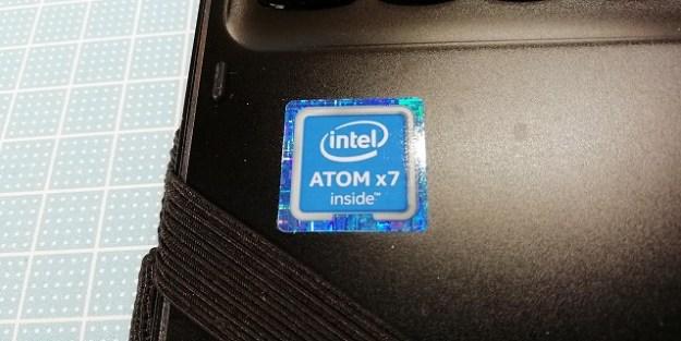 ATOM x7-8750を積んでます。