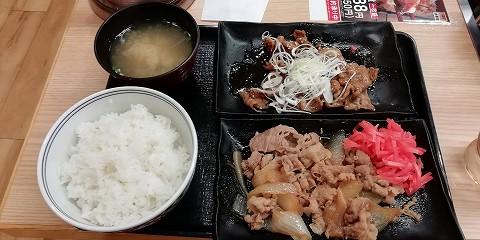 ちょっと贅沢牛牛定食by吉野屋w牛丼の写真がなかったので…この写真でご勘弁を(汗)