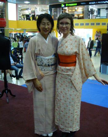 Мари Тиба - сэнсэй по кимоно
