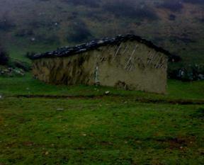 کلبه ای قدیمی در اسپیلی
