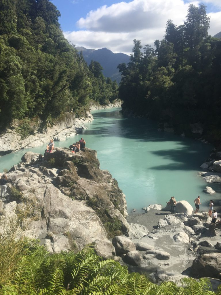 waters edge viewpoint at hokitika gorge