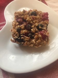 finished oatmeal berry slice