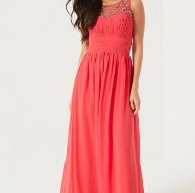 wedding-guest-frocks-for-all-body-shapes