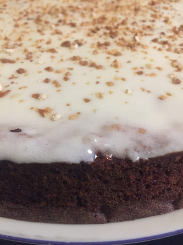 carrot cake with praline