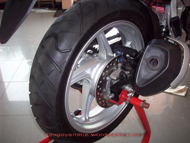 Rumor Honda CBR250R ABS Gak Boleh Pake BanVelg Lebar