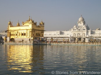The Majestic Golden Temple: Full glory