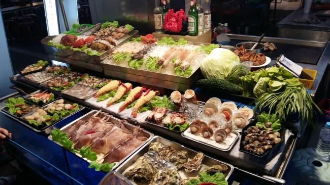 seafood night market