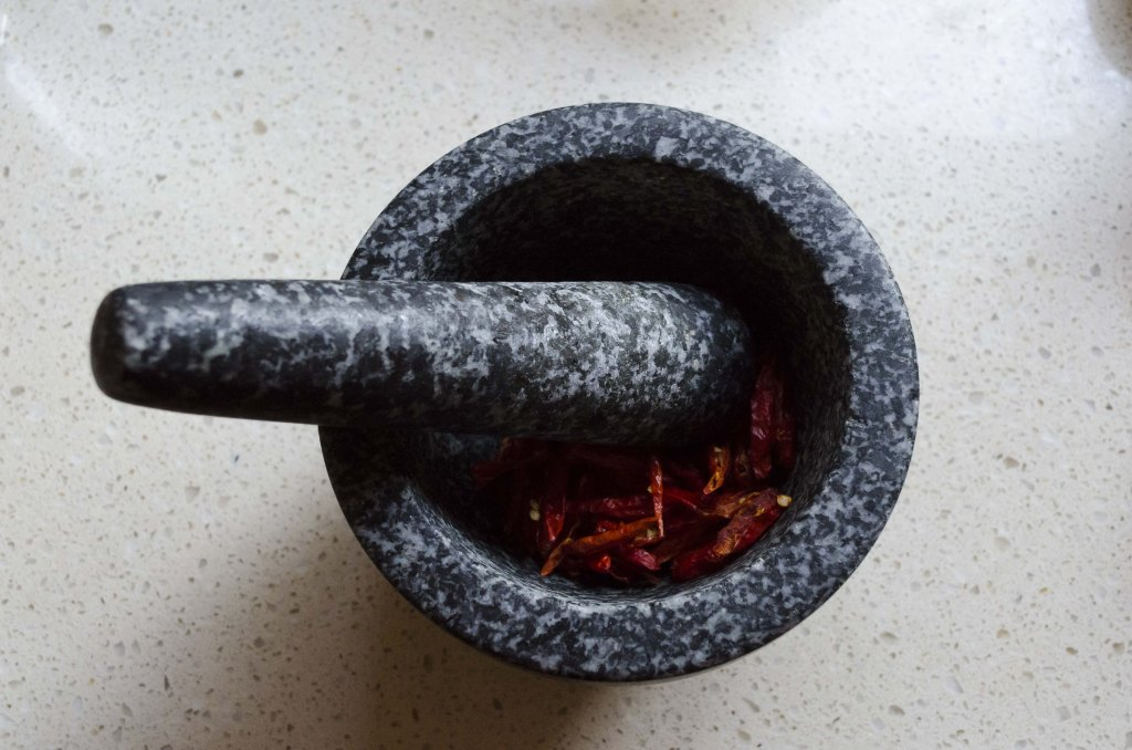 mortar and pestle, chili, bird's eye chili, chili salt