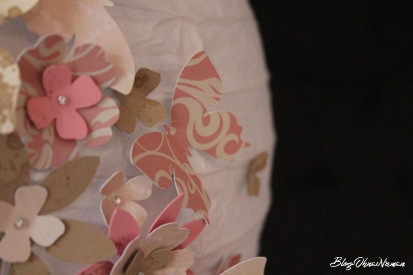 diy-papierlampe-mit-stempeln-und-stanzteilen-aus-papier-dekorieren-6