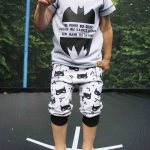 """Keep Calm and Call Batman"" – Outfit für den Sommer"