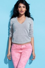 sonal-chauhan-magazine-photo