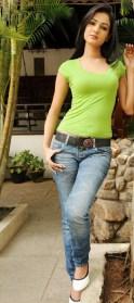 Sonal-Chauhan-Tight-Green-Top-Denim-Jeans (20)