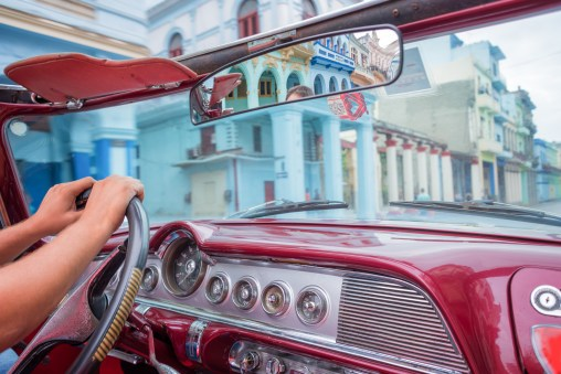 Cuba-Havana-inside vintage car