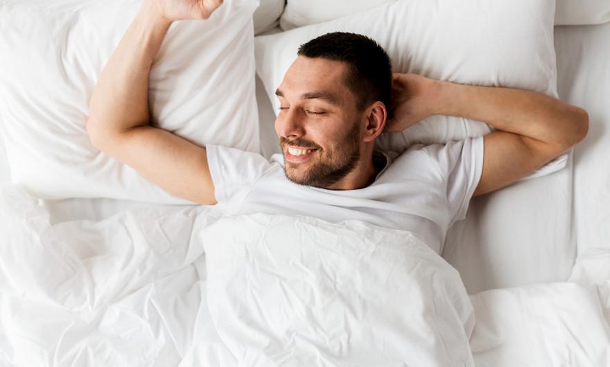 De leukste accessoires voor in bed? Daar heb je echt iedere nacht plezier van. Ik bedoel natuurlijk een matrasbeschermer en een goed kussen.