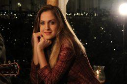 Olívia (Lu Alone) é a irmã mais nova de Bruno, amiga de Jeny e uma excelente cantora. Nessa trama ela é a paixão secreta de Gabriel, que tenta de todos os jeitos conquistá-la. Olívia, mesmo sendo a irmã mais nova de Bruno, tem um cuidado especial por ele.