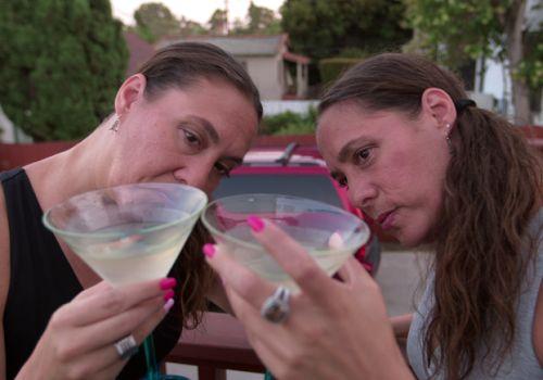 洛杉磯雙胞胎姊妹花艾美和貝姬‧葛拉斯