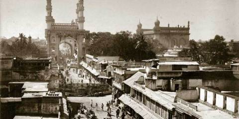 This is what it's like to visit the Charminar early in the morning