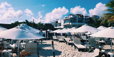 Pamper VS Play in Playa del Carmen