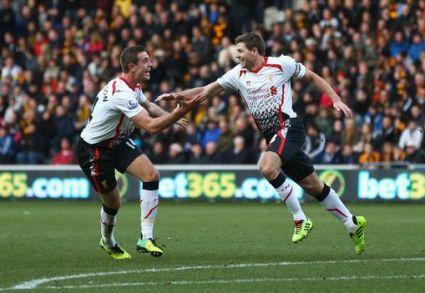 Gerrard merayakan gol saat melawan Hull (www.mirror.co.uk)
