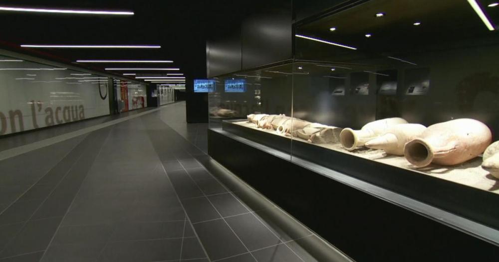 satmo-0617-rome-metro-artifacts.jpg