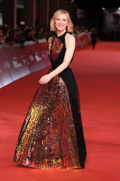 """ROME, ITALY - OCTOBER 19: Cate Blanchett walks the red carpet ahead of the """"The House With A Clock In Its Walls"""" screening during the 13th Rome Film Fest at Auditorium Parco Della Musica on October 19, 2018 in Rome, Italy. (Photo by Daniele Venturelli/Daniele Venturelli/WireImage )"""