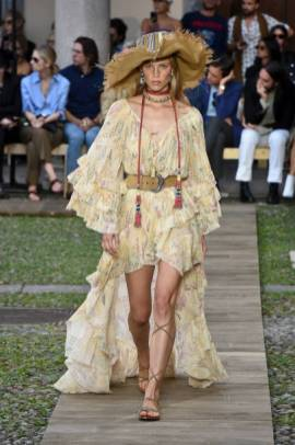 MILAN, ITALY - SEPTEMBER 20: A model walks the runway at the Etro Ready to Wear fashion show during the Milan Fashion Week Spring/Summer 2020 on September 20, 2019 in Milan, Italy. (Photo by Victor VIRGILE/Gamma-Rapho via Getty Images)