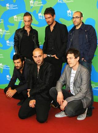 VENICE, ITALY - AUGUST 30: Negroamaro frontman Giuliano Sangiorgi (C) and band members attend the Dall' Altra Parte Della Luna photocall during Day 2 of the 64th Annual Venice Film Festival on August 30, 2007 in Venice, Italy. (Photo by Chris Jackson/Getty Images)