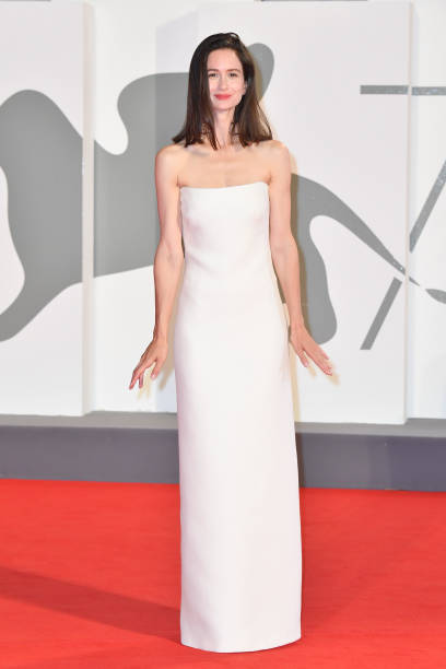 VENICE, ITALY - SEPTEMBER 05: Katherine Waterston walks the red carpet of the Kineo Prize at the 77th Venice Film Festival on September 05, 2020 in Venice, Italy. (Photo by Stephane Cardinale - Corbis/Corbis via Getty Images)