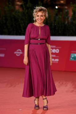 "ROME, ITALY - OCTOBER 19: Valeria Golino attends the red carpet of the movie ""Fortuna"" during the 15th Rome Film Festival on October 19, 2020 in Rome, Italy. (Photo by Daniele Venturelli/WireImage,)"