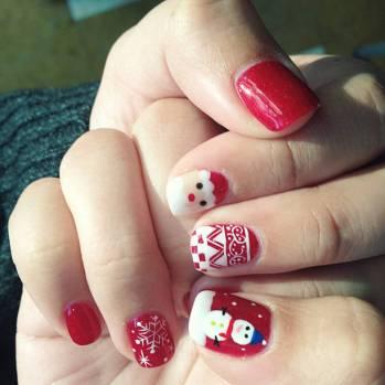 Christmas finger nails