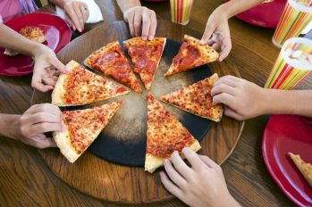 youth_group_pizza