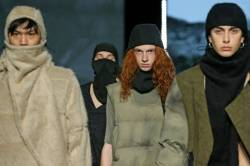 """ROME, ITALY - FEBRUARY 20: Models walk the runway during the finale at the Gall """"Nydia"""" Fashion Show during the Altaroma 2021 on February 20, 2021 in Rome, Italy. (Photo by Ernesto S. Ruscio/Getty Images)"""