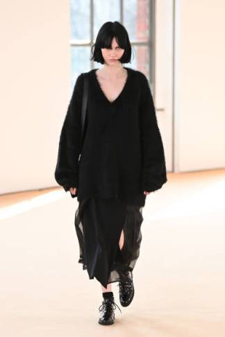 MILAN, ITALY - FEBRUARY 25: Look 42 at the Max Mara Fall/Winter 2021-2022 show during Milan Fashion Week on February 25, 2021 in Milano, Italy. (Photo by Daniele Venturelli/Daniele Venturelli/ Getty Images for Max Mara)