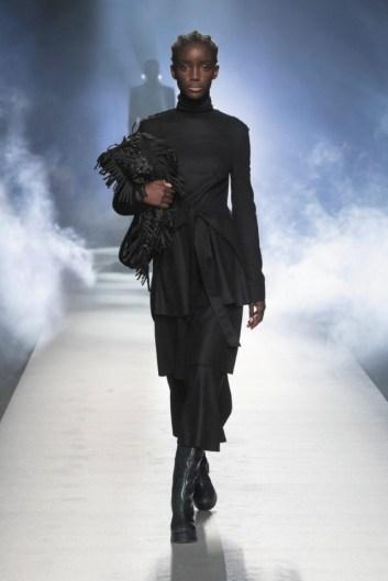milano-fashion-week-moda-milano-sfilate-moda-sfilate-milano-alberta-ferretti-06-milano-fashion-week-moda-milano-sfilate-moda-sfilate-milano-alberta-ferretti-640x960
