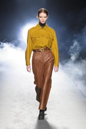 milano-fashion-week-moda-milano-sfilate-moda-sfilate-milano-alberta-ferretti-17-milano-fashion-week-moda-milano-sfilate-moda-sfilate-milano-alberta-ferretti-640x960